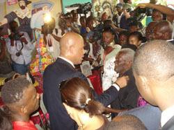 Le Président Martelly au sanctuaire de Ti-Paul